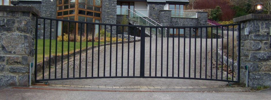 Box Iron Gates